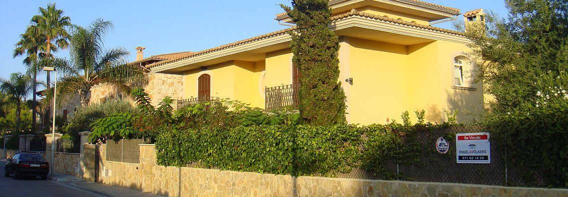Haus zu verkaufen - auf Ibiza bleiben die Immobilienpreise auf hohem Niveau