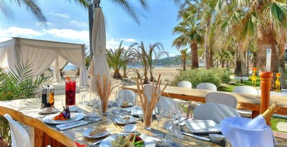 Auch wenn es am 1. Mai im Ushuaïa Ibiza Beach Hotel schon losgeht, die offizielle Eröffnungsparty ist am 30. Mai (Foto: Ushuaia Ibiza)