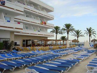 Ein Viertel weniger Buchungen für 4 Sterne-Hotels auf Ibiza - der Durchschnitt der Buchungen auf dem Preisvergleichsportal Check24 lag bei 3,4 Sternen. (Foto: Markus Burgdorf)